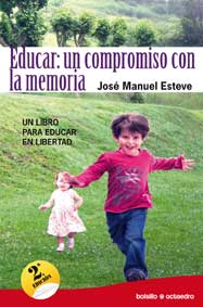 EDUCAR, UN COMPROMISO CON LA MEMORIA : UN LIBRO PARA EDUCAR EN LIBERTAD