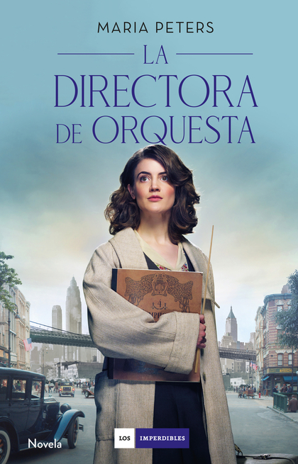 LA DIRECTORA DE ORQUESTA.