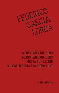 MEDIO PAN Y UN LIBRO.