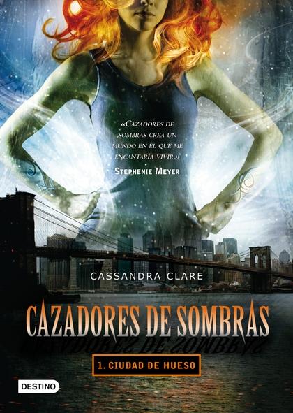 PACK CIUDAD HUESO 2021. CAZADORES DE SOMBRAS 1
