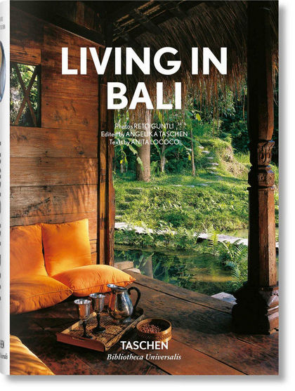 LIVING IN BALI.