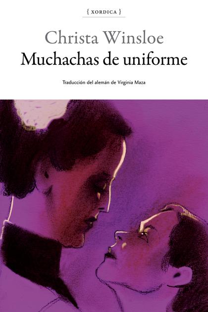 MUCHACHAS DE UNIFORME.