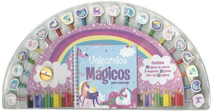 UNICORNIOS MÁGICOS.