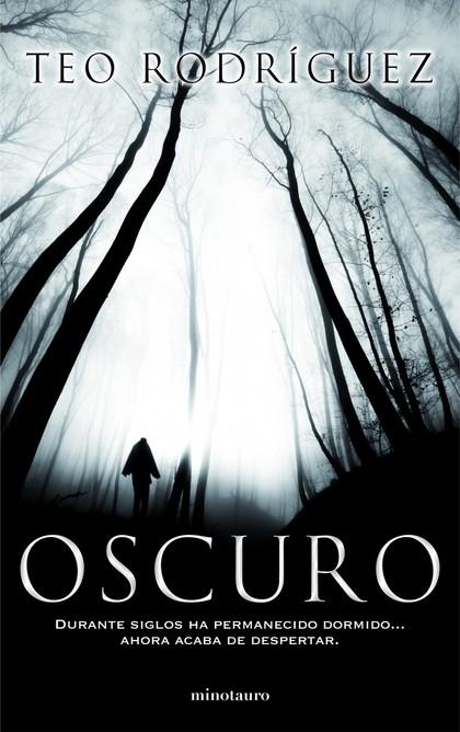 OSCURO.