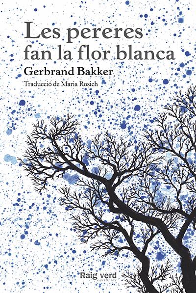 LOS PERALES TIENEN LA FLOR BLANCA.