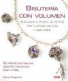 BISUTERIA CON VOLUMEN.